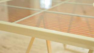 Sạc điện thoại từ năng lượng mặt trời