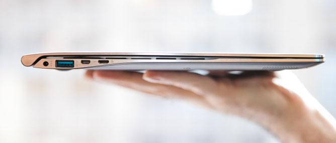 Trên tay Samsung Series 9 thế hệ 2: mỏng hơn, nhẹ hơn