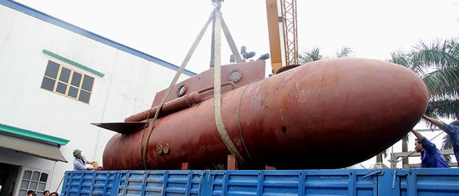 Trực tuyến hình ảnh tàu ngầm Trường Sa 1 được thử nghiệm tại hồ