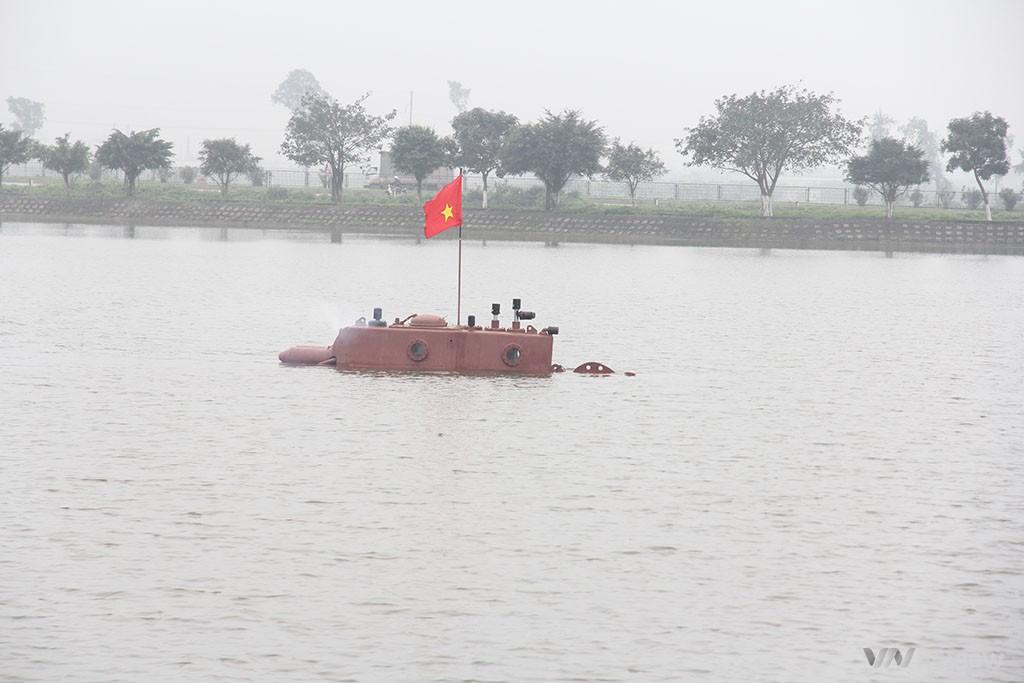 trực tuyến thử nghiệm tàu ngầm trường sa
