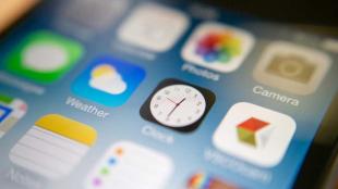 """Lỗi iOS 7.1 cho phép xóa các ứng dụng hệ thống """"vô dụng"""""""