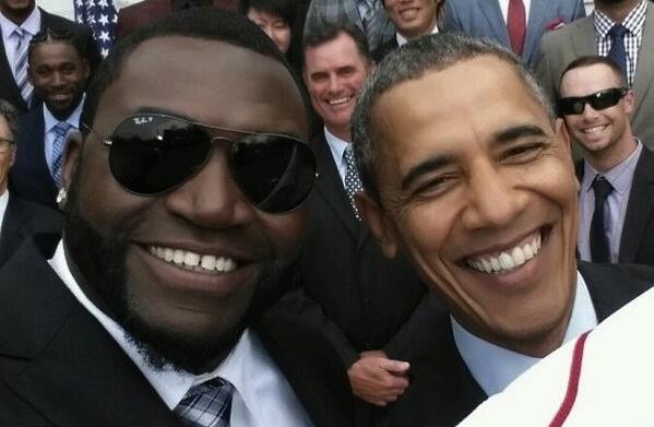Nhà Trắng đòi gỡ bỏ bức ảnh tự sướng của Obama bằng Note 3