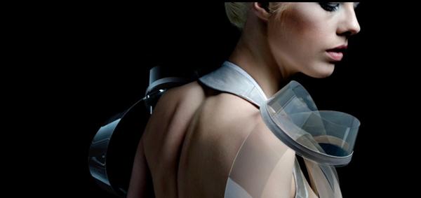 Bộ váy công nghệ INTIMACY 2.0 giúp phụ nữ hấp dẫn hơn