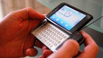Android hỗ trợ cảm ứng là nhờ... iPhone?