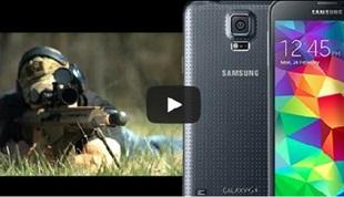 """Galaxy S5 bị """"hành"""" bằng súng bắn tỉa hạng nặng"""