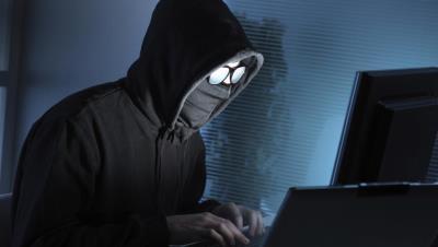 """Đến hacker cũng phải sợ """"trái tim rỉ máu"""""""