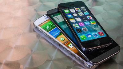 HTC: Chúng tôi không đọ doanh số với Samsung và Apple