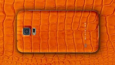 Galaxy S5 bản da cá sấu trên đường tới Việt Nam