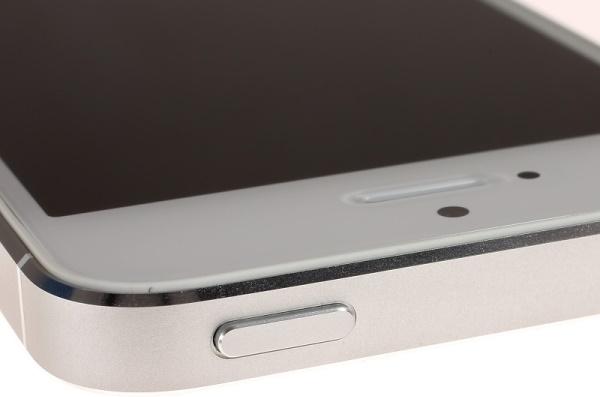 Apple thay nút nguồn lỗi miễn phí cho iPhone 5