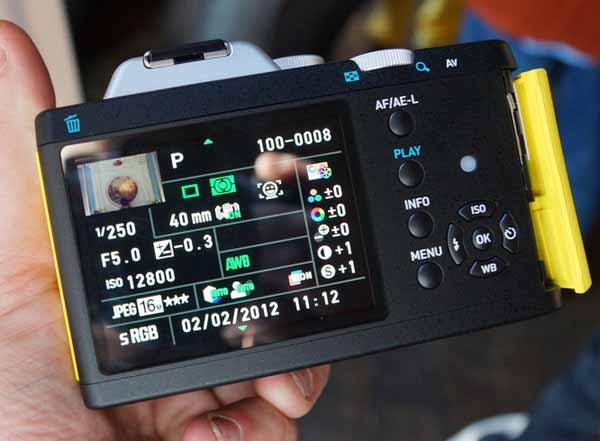 Pentax K-01 preview