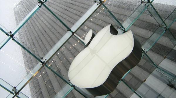 Apple: Chế tác giỏi, bày bán cũng khéo!