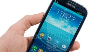 Samsung Galaxy S3 3G, S3 mini lỡ hẹn với Android KitKat