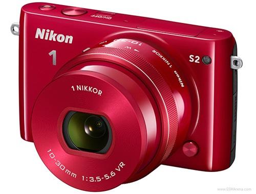 Nikon giới thiệu hai máy ảnh không gương lật 1 J4 và 1 S2