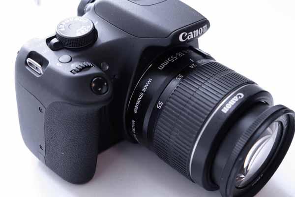 Trong khi các dòng máy ảnh phổ thông tiếp tục bị sụt giảm doanh số vì smartphone, thị trường DSLR vẫn tiếp tục lớn mạnh hơn bao giờ hết. Canon EOS 1200D là sản phẩm phục vụ cho xu hướng này.