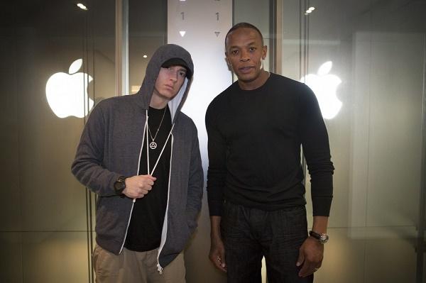 Khi thương vụ Apple mua lại Beats đã được công bố, người hâm mộ chắc chắn sẽ tự hỏi: Dr. Dre sẽ đóng vai trò gì tại Apple? Liệu rapper này có thuộc về cùng một thế giới với Tim Cook hay Jony Jive hay không?