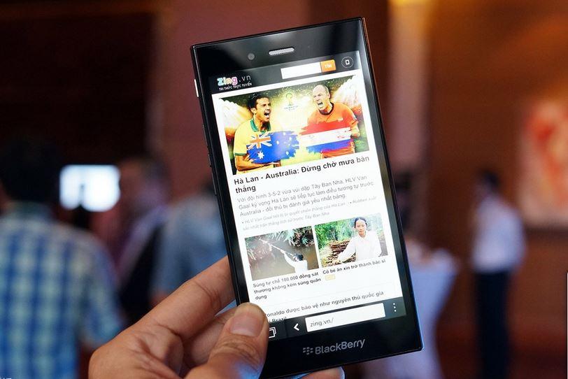 BlackBerry Z3 chính thức ra mắt tại Việt Nam, giá 4,59 triệu đồng