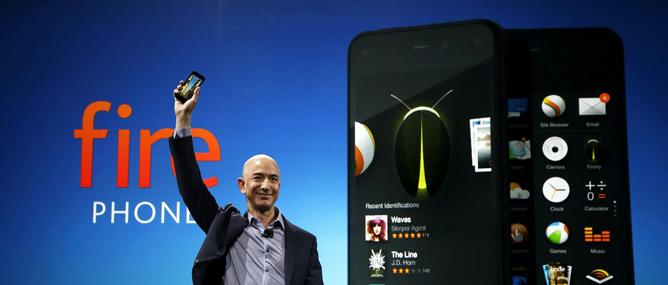 """Fire Phone """"chưa đủ tuổi"""" để so sánh với iPhone và Galaxy?"""