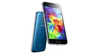 Samsung Galaxy S5 mini ra mắt: màn 4.5 inch, cảm biến nhịp tim, chống nước/bụi