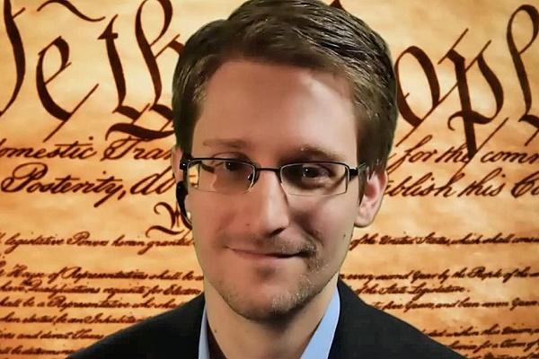 Theo xác nhận của Michael S. Rogers, giám đốc mới được bổ nhiệm của Cơ quan An ninh Quốc gia Hoa Kỳ, các tổ chức khủng bố đã thay đổi cung cách liên lạc để đối phó với kỹ thuật nghe lén của NSA.