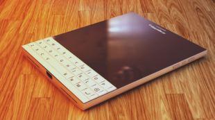 BlackBerry Passport lộ concept quyến rũ màu trắng