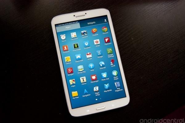 Trào lưu tablet giá rẻ 7-inch đã giúp cho Android vươn lên thống trị thị trường máy tính bảng. Song, đến năm 2014, khi doanh số smartphone cỡ lớn tăng mạnh, nhiều nhà sản xuất đã buộc phải thay đổi kế hoạch ra mắt của họ.