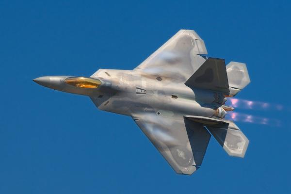 Mỹ tiếp tục cáo buộc Trung Quốc ăn cắp thông tin máy bay quân sự