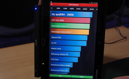 Với 8 nhân theo kiến trúc big.LITTLE giống như dòng Exynos của Samsung, dòng chip MT6959 của MediaTek (Đài Loan) có điểm AnTuTu vượt qua cả Snapdragon 805 lẫn Exynos Octa 5422.