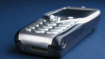 Ngắm smartphone Windows đầu tiên trên thế giới của HTC