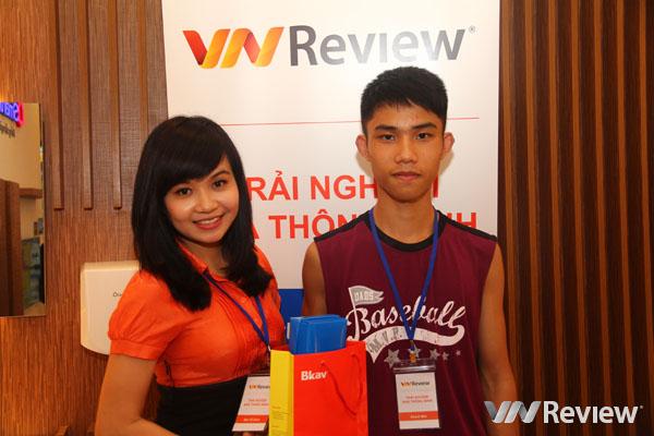 Bạn đọc VnReview hào hứng trải nghiệm SmartHome