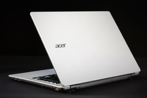 Review cheap laptop Acer Aspire E5