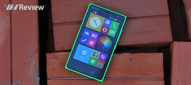 Trên tay điện thoại Nokia X2