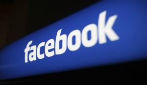 Dễ bị khóa tài khoản Facebook nếu không dùng tên thật