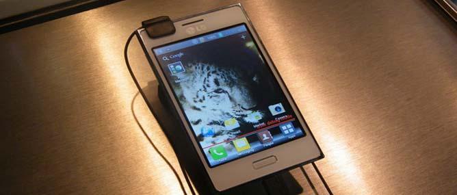 Trên tay LG Optimus L5