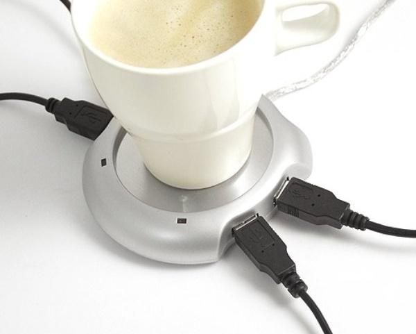 Theo phát hiện của SR Labs (Đức), gần như tất cả các thiết bị sử dụng USB như bút nhớ, smartphone, bàn phím hay chuột đều có thể bị cài mã độc chiếm quyền sử dụng vào firmware (phần mềm điều khiển thiết bị).