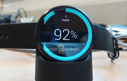 Lộ loạt ảnh Moto 360 lung linh, có khả năng chống nước