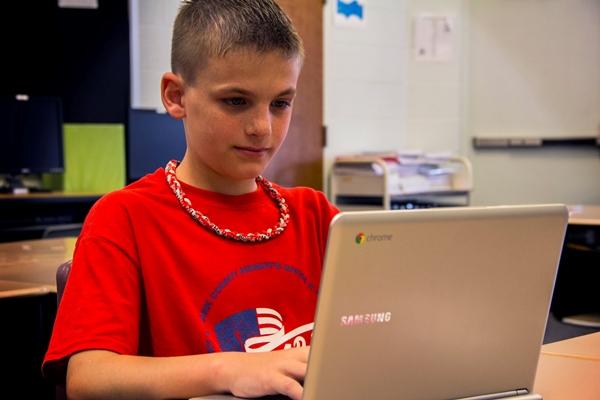 chromebook iPad giáo dục