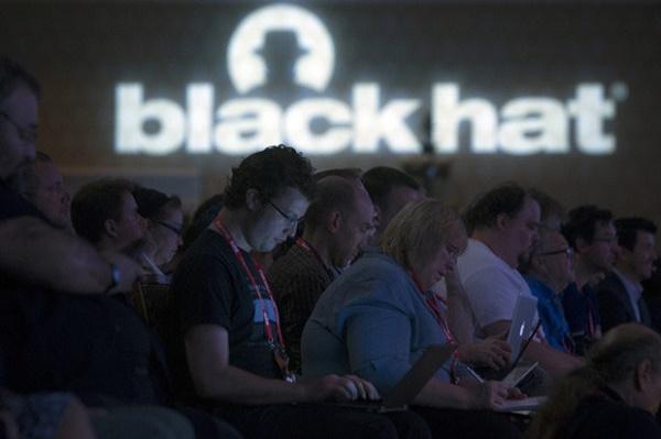 Trong năm nay, trọng tâm của các chuyên gia bảo mật hàng đầu thế giới tại hội thảo bảo mật Black Hat (Vegas, Mỹ) sẽ không còn là vấn đề quyền riêng tư của con người nữa.