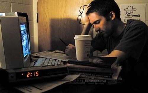 """""""Cú đêm"""" thông minh hơn những người đi ngủ sớm"""