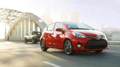 Toyota Yaris 2015: phiên bản rẻ nhất cũng rất high-tech