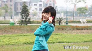 Viettelstore tặng quà khách hàng nữ mua Galaxy Y