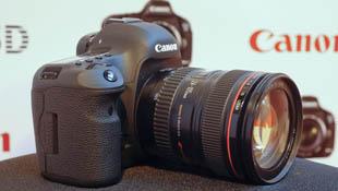 Trên tay Canon 5D Mark III