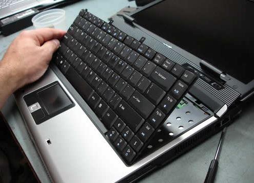 Bàn phím laptop bị kêu bất thường