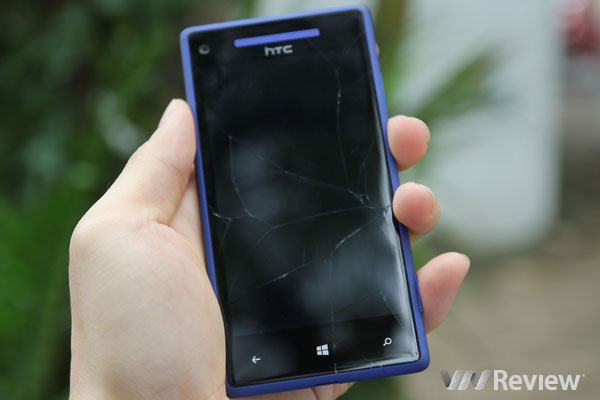 Màn hình smartphone vỡ/hỏng: Thay hay bỏ?