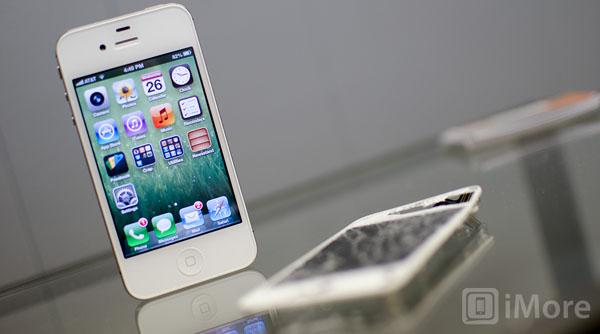 Màn hình smartphone vỡ/hỏng: Thay hay bỏ
