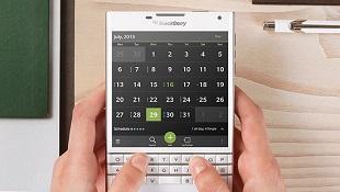 Rò rỉ cấu hình BlackBerry Passport: Màn hình 453 PPI, RAM 3GB, pin 3.450mAh