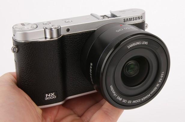 Đánh giá Samsung NX3000