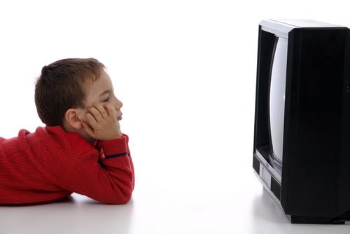 Xem TV quá nhiều có thực sự hại mắt?