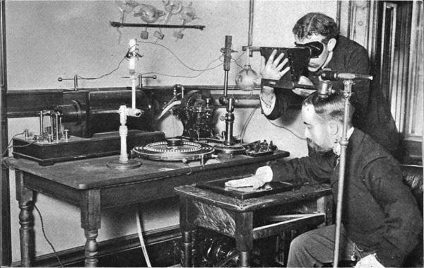 Cùng nhớ lại đôi điều về tia X – phát minh vĩ đại của thế kỷ XIX