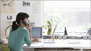 Người làm việc gần cửa sổ có sức sống hơn
