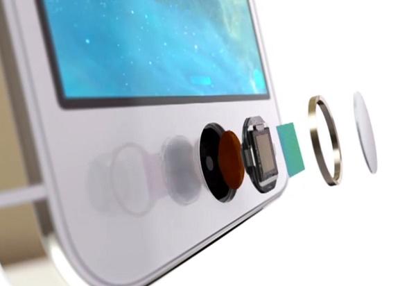 Thế hệ iPhone tiếp theo sẽ thay thế cho chiếc ví (và tất cả các thẻ tín dụng của bạn), nếu như tin đồn mới nhất về Apple và bộ 3 công ty thẻ tín dụng hàng đầu thế giới là chính xác.